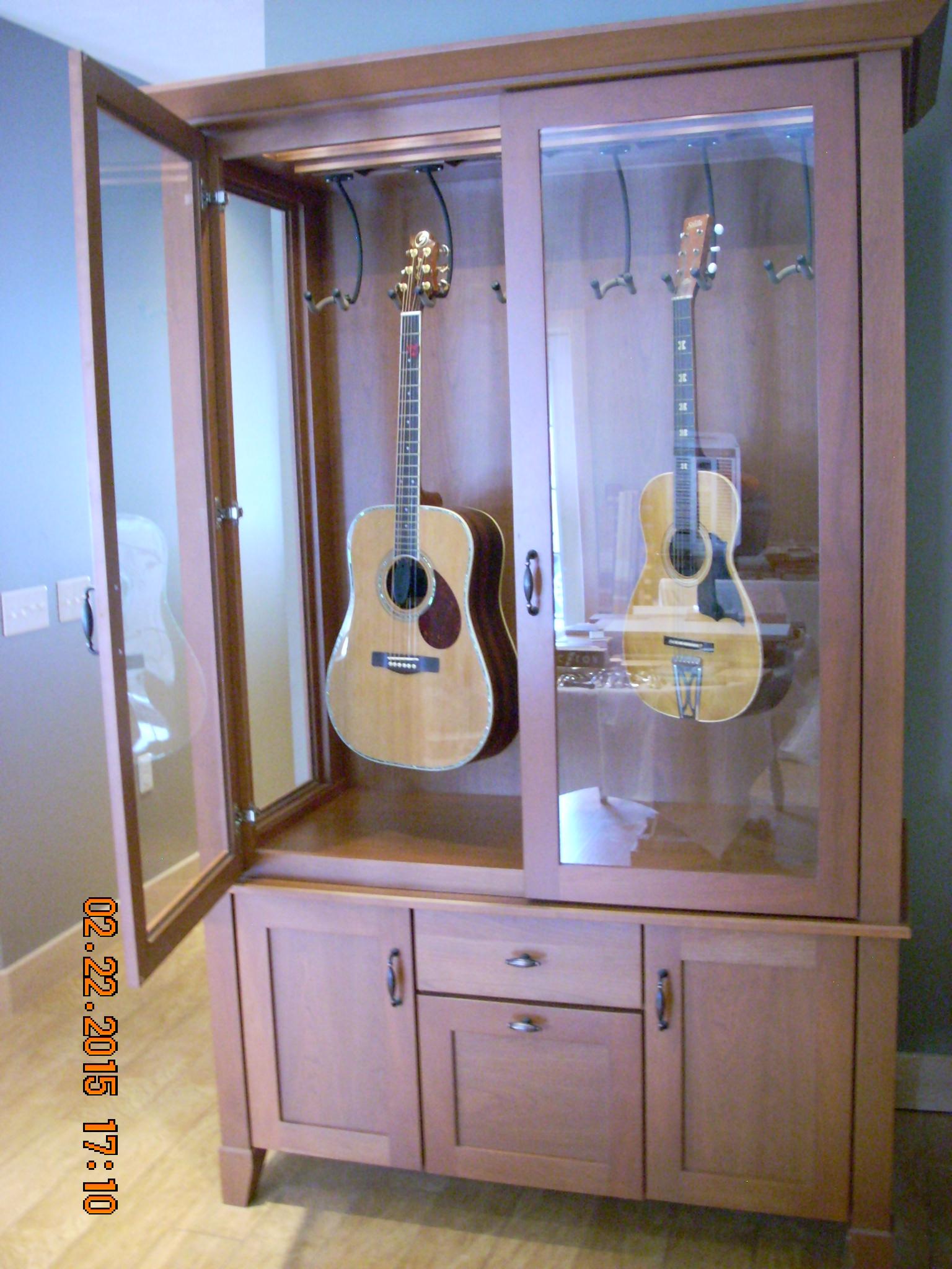 custom guitar display case port matilda pa. Black Bedroom Furniture Sets. Home Design Ideas